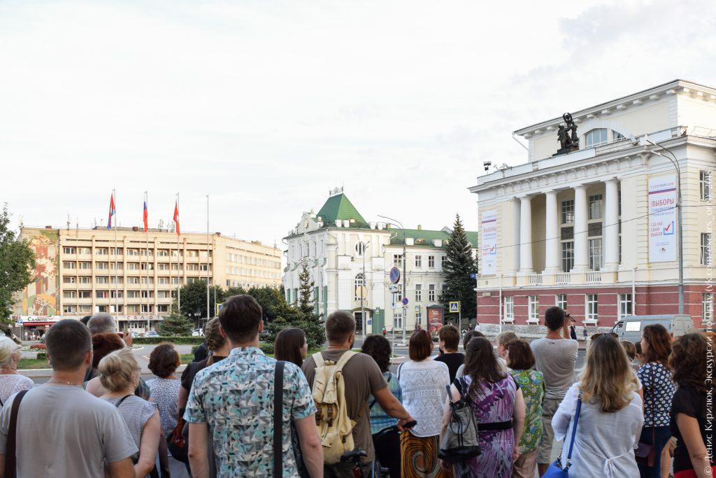 Здания в стиле модерн, сталинский ампир и позднесоветский брутализм рядом