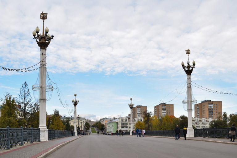 Улица Ленина и Александровский мост в Орле